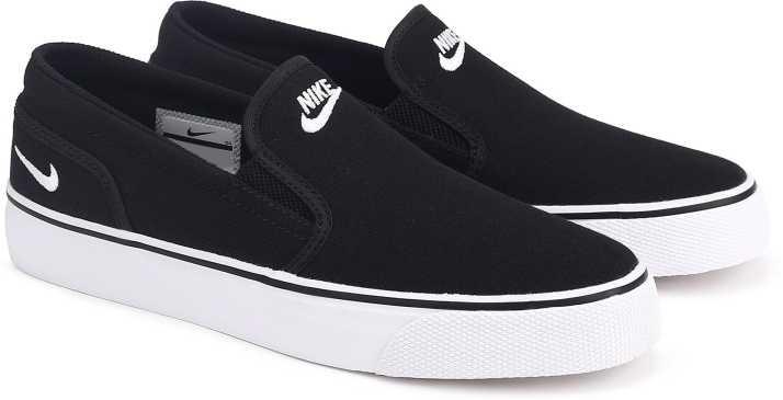 97fa008560bb Nike WMNS TOKI SLIP CANVAS Sneakers For Women - Buy BLACK WHITE ...