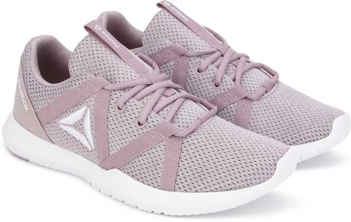 5ee89f1a83e6 REEBOK REEBOK REAGO ESSENTIAL Training   Gym Shoe For Women - Buy ...