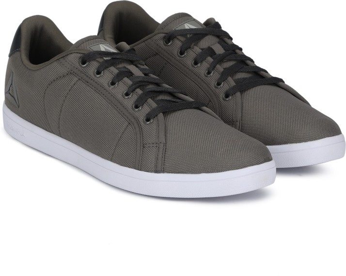 REEBOK CLASSICS TREAD MAX LP Sneakers
