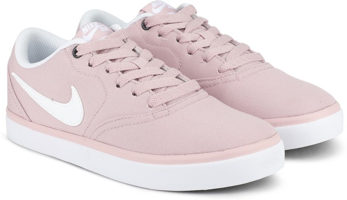 nike canvas shoes womens
