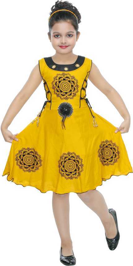 18d2535122784 ULTRA TREND Girls Midi/Knee Length Casual Dress Price in India - Buy ...