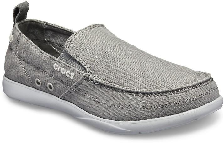 Crocs Walu Men Grey Loafer Loafers For