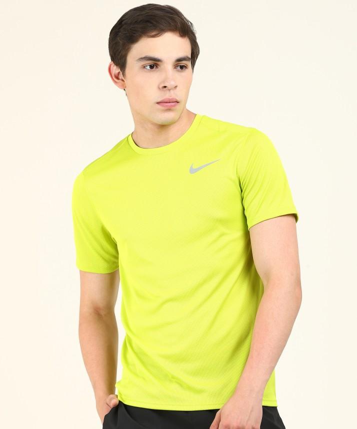Nike Solid Men Round Neck Green T-Shirt