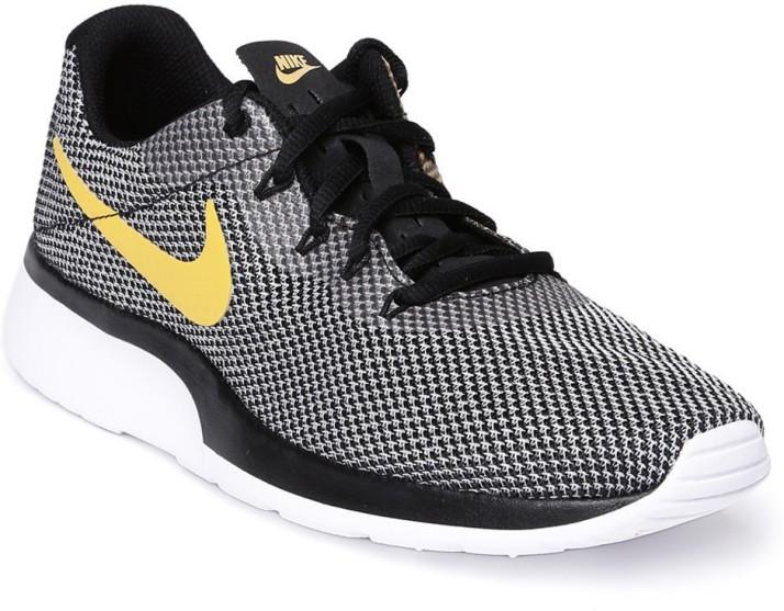 Nike Tanjun Racer Walking Shoes For Men