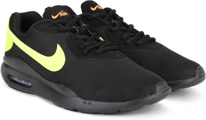 A tientas engañar Correo  Nike Air Max Oketo Running Shoes For Men - Buy Nike Air Max Oketo Running  Shoes For Men Online at Best Price - Shop Online for Footwears in India |  Flipkart.com