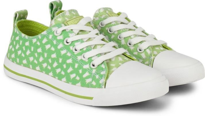 north star sneakers online