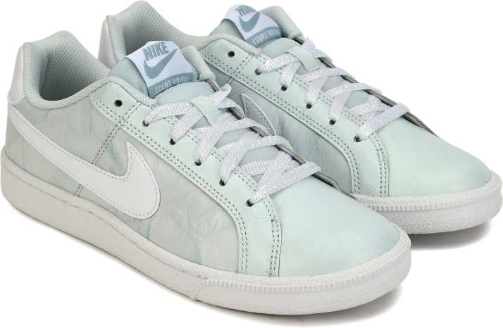 Nike Court Royale PremiumShoe Sneakers For Women