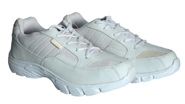 Bata Wade Running Shoes For Men - Buy