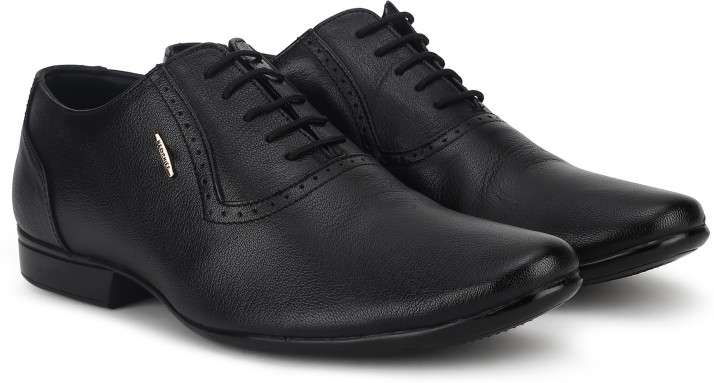 Red Chief Oxford For Men - Buy Red