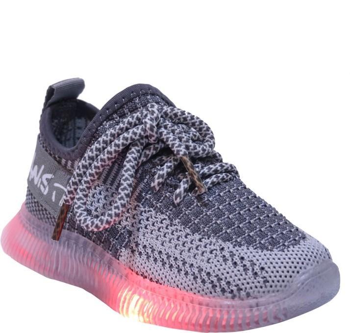 FEETWELL Boys \u0026 Girls Slip on Sneakers
