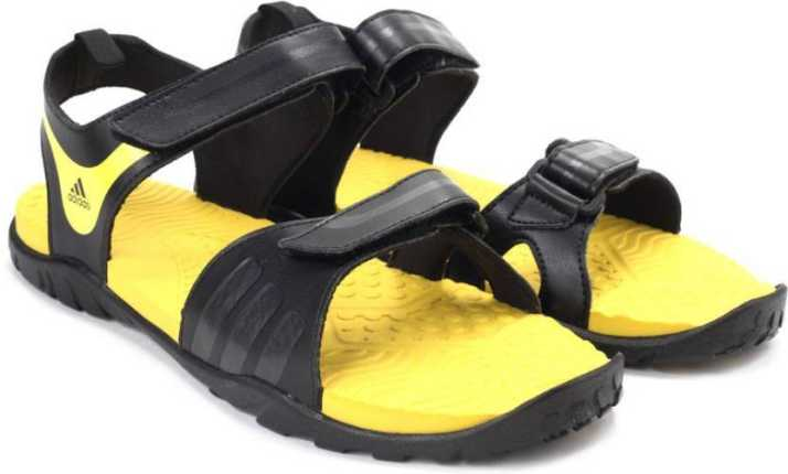 líder Pila de Convertir  ADIDAS ESCAPE 2.0 Men Black, Yellow Sports Sandals - Buy  CBLACK/NTGREY/SHOYEL/CBLA Color ADIDAS ESCAPE 2.0 Men Black, Yellow Sports  Sandals Online at Best Price - Shop Online for Footwears in India