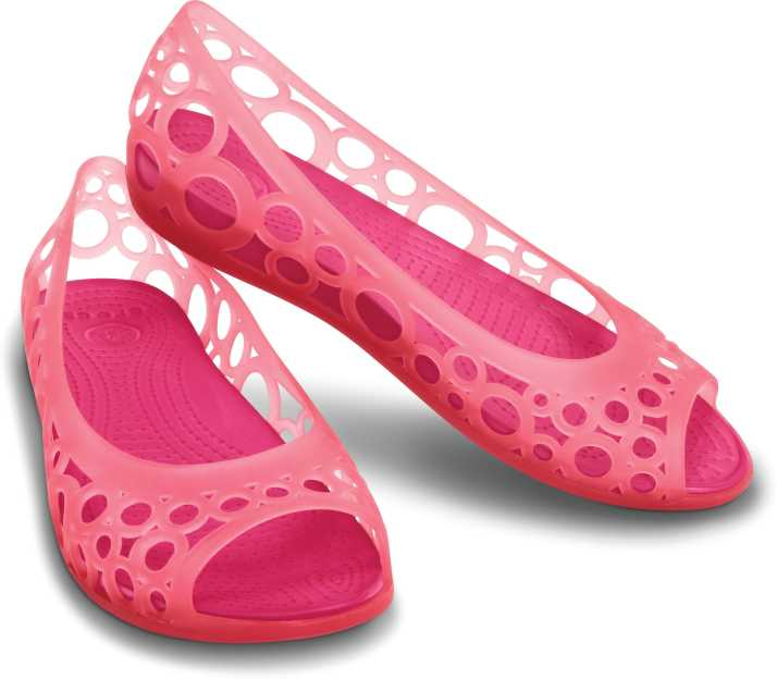 5fecfed3b722 Crocs Women Pink Flats - Buy Pink Color Crocs Women Pink Flats Online at  Best Price - Shop Online for Footwears in India