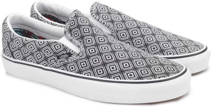 28d5add19fcd Vans CLASSIC SLIP-ON Loafers For Men - Buy (TM GEO) BLACK TRUE WHITE ...