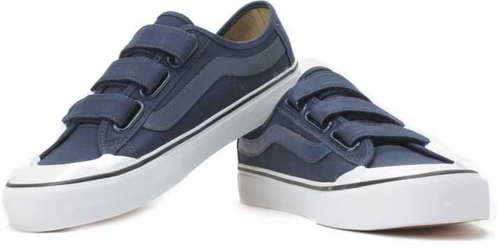 84ca35b9c05 Vans Black Ball Priz Sneakers For Men - Buy dress blue white Color ...