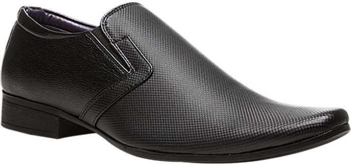 2929e09002 Bata Slip On For Men - Buy Black Color Bata Slip On For Men Online at Best  Price - Shop Online for Footwears in India