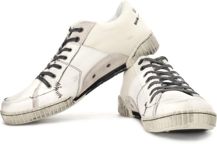 Levi's Arcade Sneakers For Men - Buy