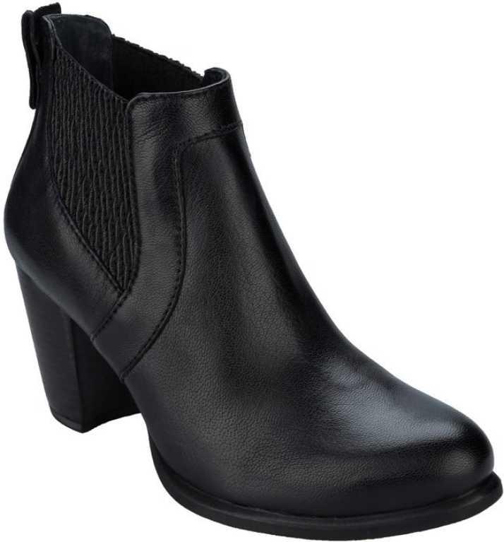 73c75767584f Ugg Australia Boots For Women - Buy Black Color Ugg Australia Boots For  Women Online at Best Price - Shop Online for Footwears in India |  Flipkart.com