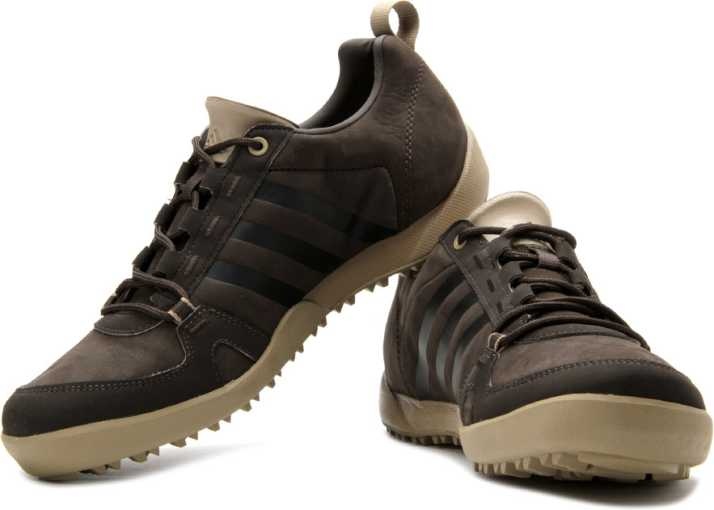 Documento Pensionista Gran roble  ADIDAS Daroga Two 11 Lea Outdoor Shoes For Men - Buy Brown Color ADIDAS  Daroga Two 11 Lea Outdoor Shoes For Men Online at Best Price - Shop Online  for Footwears in India | Flipkart.com