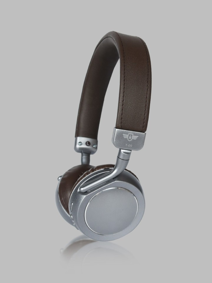 Roadster headphones & headsets Min 70% to 80% off from Rs.459