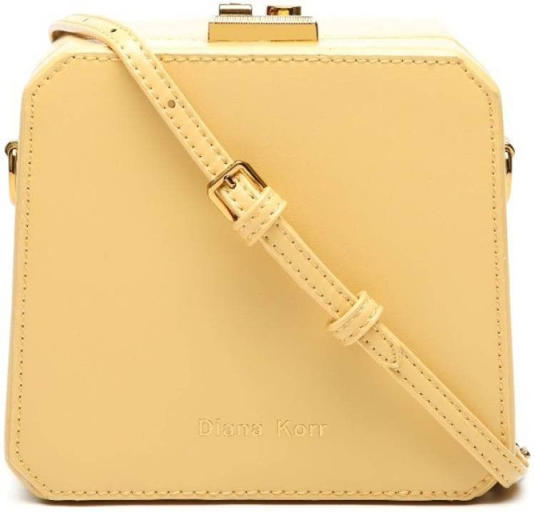 Beige Women Messenger Bag