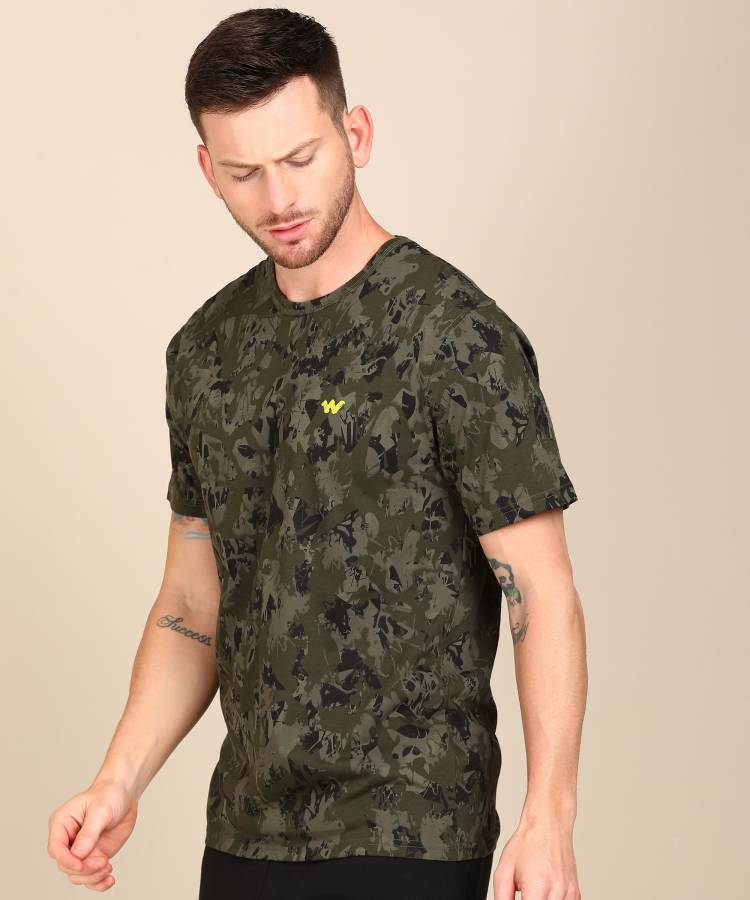 Solid Men Round Neck Green T-Shirt Price in India