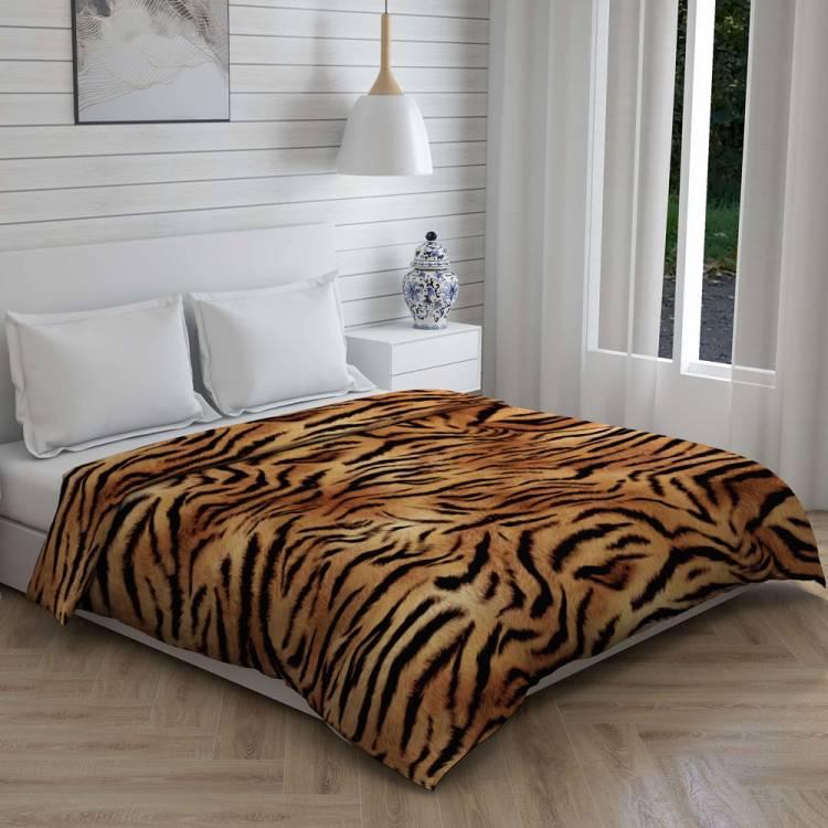 Boutique Living Printed King Comforter
