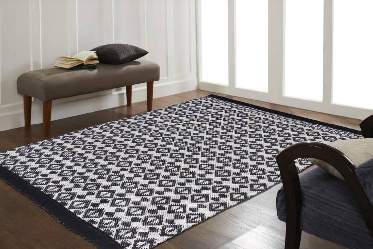 Flipkart Perfect Homes Black, White Cotton Carpet