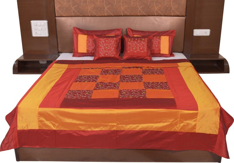 Soundarya Silk Double Bed Cover(Gold, Maroon)