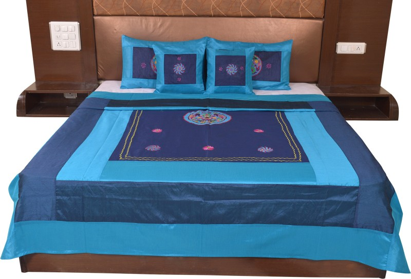 Soundarya Silk Double Bed Cover(Blue)