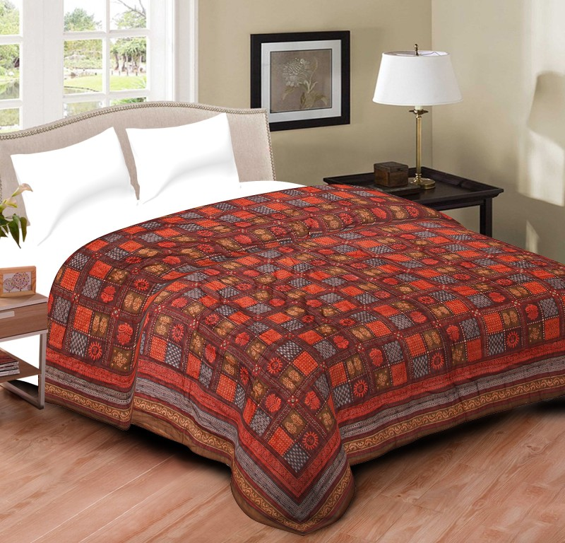 Spangle Printed Double Quilts & Comforters Maroon(1 Quilt)