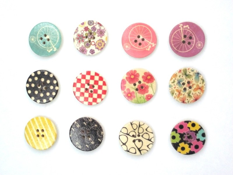 Vardhman printed wooden buttons Wood Buttons(Pack of 20)