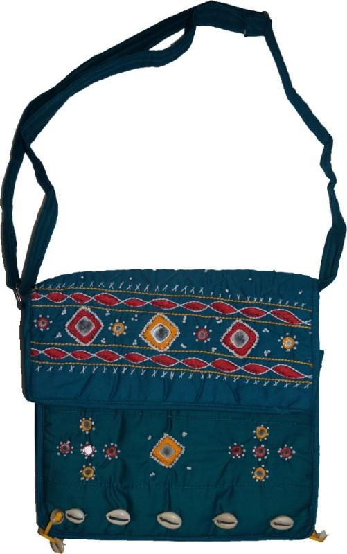 Muren Women Green Messenger Bag