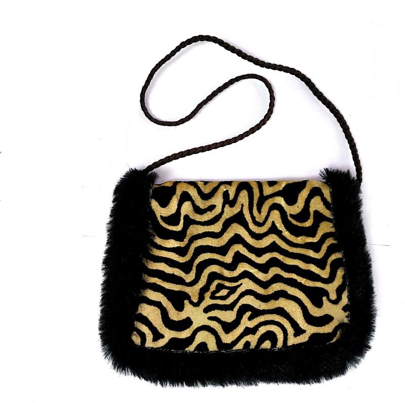 Miruna Designs Women Beige Shoulder Bag