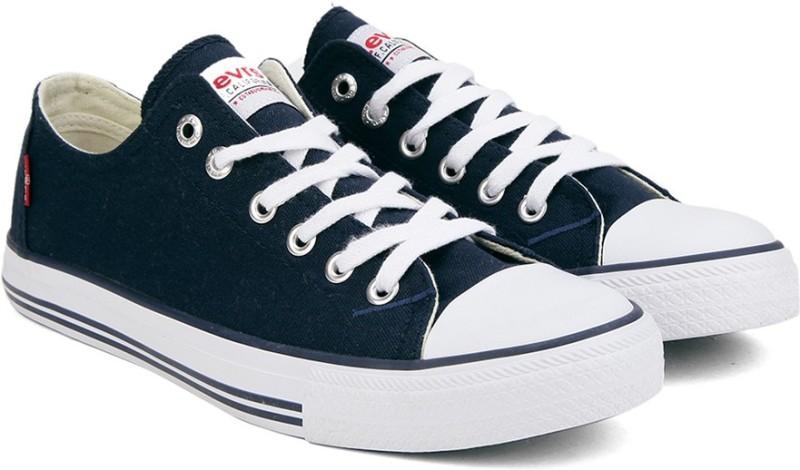 Flipkart - Men's Footwear Levi's, Lee Cooper & Sparx