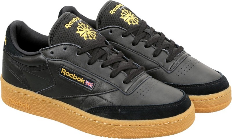 Reebok CLUB C 85 TDG Sneakers For Men(Black, Yellow)