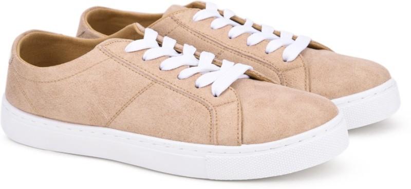 Flipkart - Flats, Shoes, Heels... Puma, Carlton London...