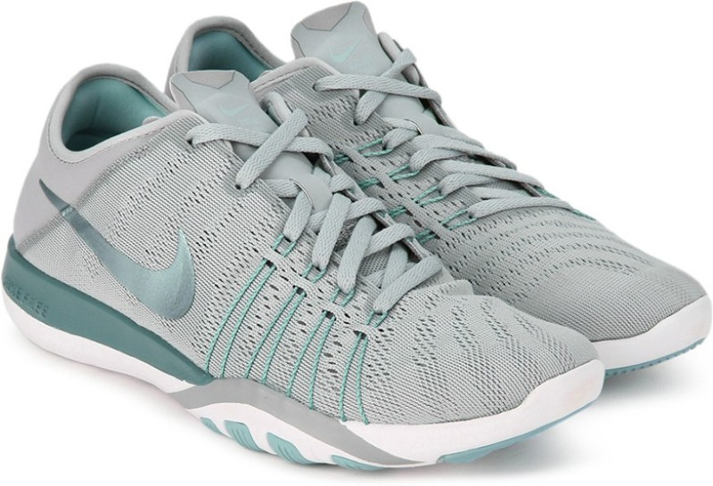 Nike WMNS NIKE FREE TR 6 Training  Gym ShoesGrey