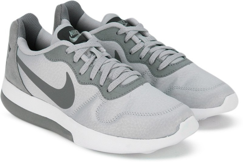 Nike WMNS NIKE MD RUNNER 2 LW Running ShoesGrey