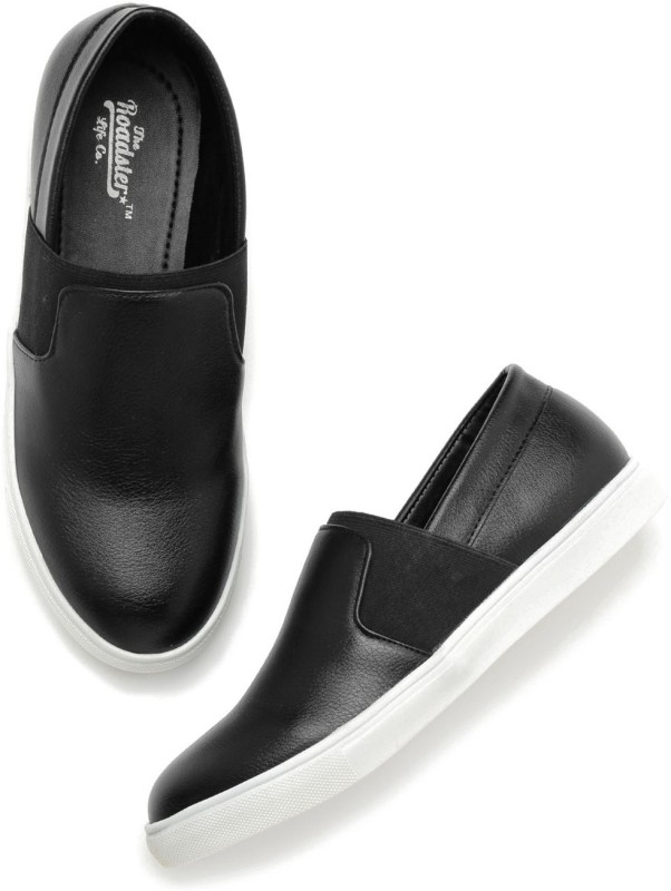 Roadster Slip On Sneakers(Black)