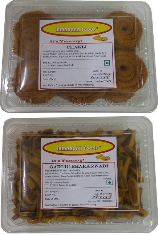 Jamnagar Foods CHAKLI & GARLIC BHAKARWADI 500 GM EACH Combo(2)