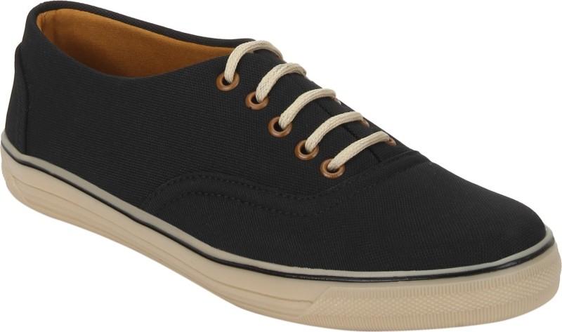Quarks canvas sneakers Casuals(Black)