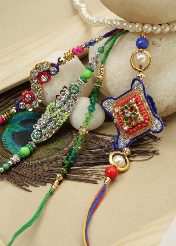 eCraftIndia Designer Rakhi(5 Designer Rakhis for family and 1 festival best wishes card in decorative gift box)