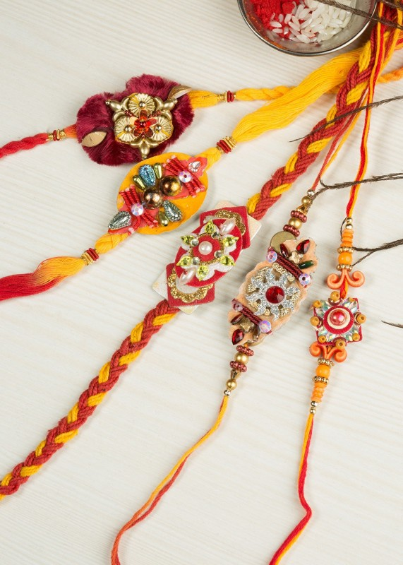 Little India Religious Rakhi(5 Fancy Rakhis,1 Pooja Coin,1 Greeting Card)