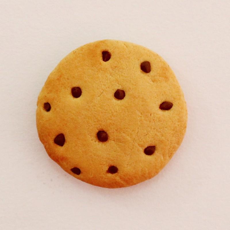 Little Things LittleThings Chunkie Cookie Magnet Fridge Magnet(Pack of 1)
