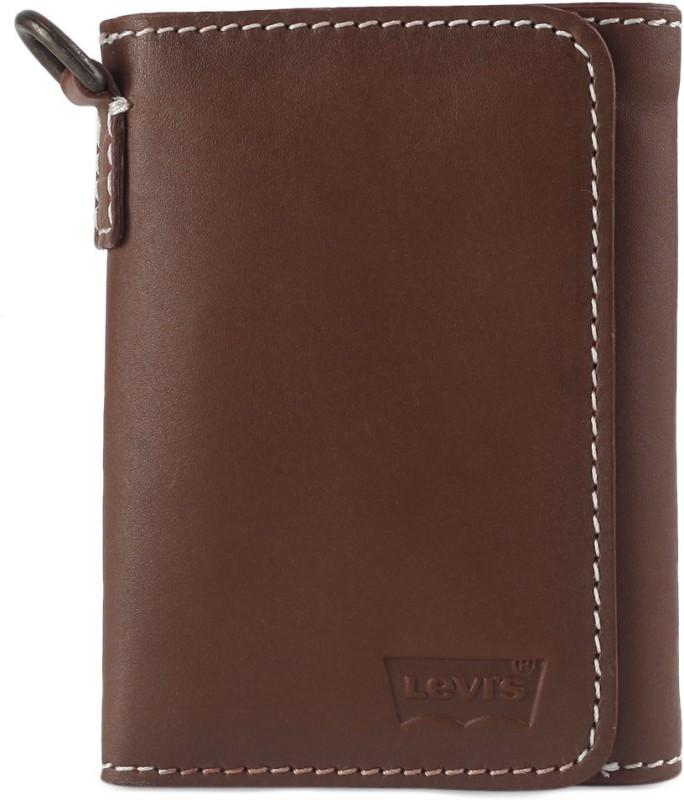 Levi's Men Tan Genuine Leather Wallet(8 Card Slots)