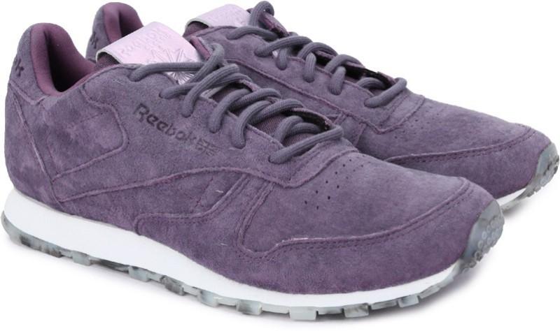 REEBOK CL LTHR SHMR Running Shoes For Women(Black)