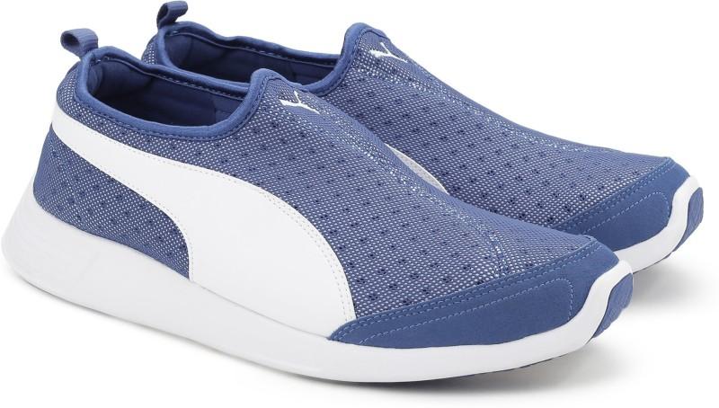 Puma ST Trainer Evo Slip-on DP Running Shoes(Blue)