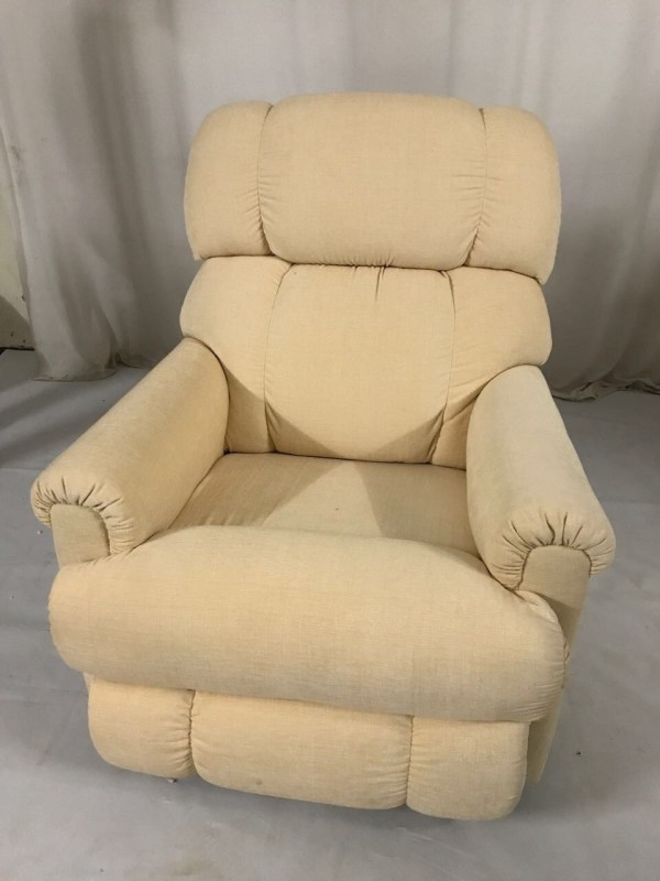 La-Z-Boy Fabric Manual Rocker Recliners(Finish Color - Salmon Pink)