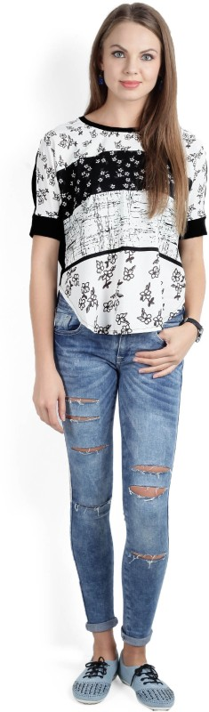 United Colors of Benetton Printed Womens Round Neck Black, White T-Shirt