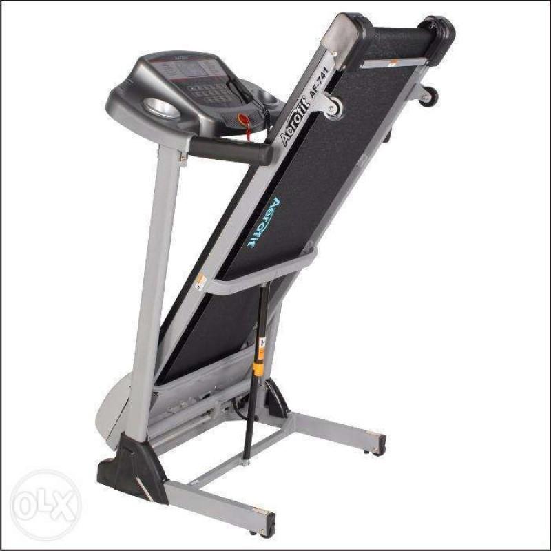 AEROFIT HF-906 Treadmill